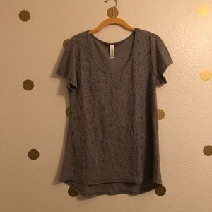 Gray LULAROE classic t-shirt jacquard small